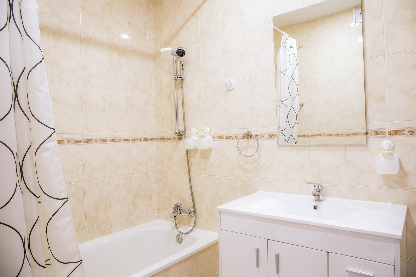 bathroom-LBVF